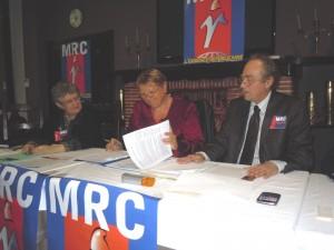 Assemblée citoyenne à l'initiative de la Fédération des Landes et Pyrénées Atlantiques du MRC : Le PG- le PC- le PRG- le PS- le MRC et l'AGAUREPS-Prométhée réunis, débattent, sur le fond, des politiques pour la croissance et le redressement productif dans a-Fédérations MRC d'Aquitaine assemblee-citoyenne-a-mont-de-marsan-300x225